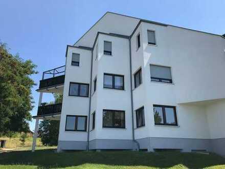 Werdau-Steinpleis, 2-Raum-Wohnung in ruhiger Lage, EG, Küche. m. Fenster, Stellplatz