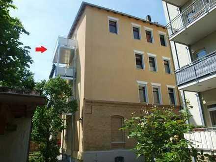 Helle und großzügige Maisonettewohnung mit zwei Balkonen