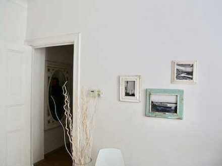 Neuwertige 1-Zimmer-Wohnung mit Balkon und EBK in Wangen im Allgäu