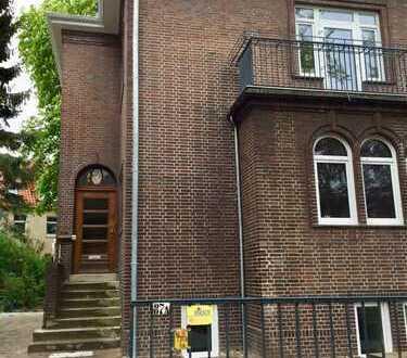 Erstbezug nach Sanierung: exklusive 3-Zimmer-Wohnung mit Einbauküche und Balkon in Bremen