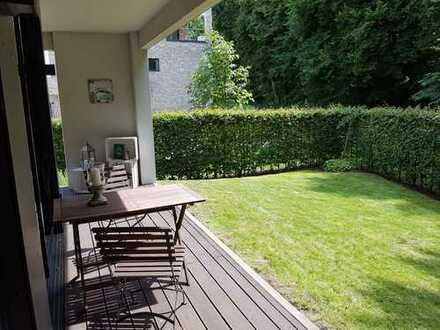 Hochwertige, moderne 3-Zimmer-Wohnung grosszügiger Terrasse u. Garten, Stadtwerder, Alte Neustadt