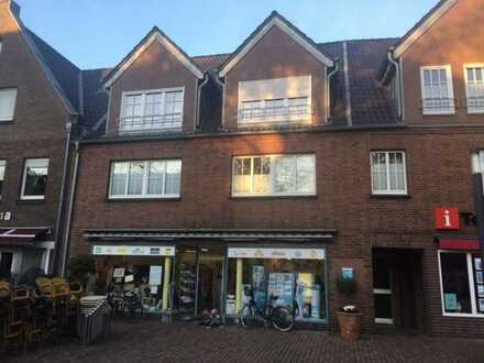 Ladenlokal, ca. 127 qm, direkt am Marktplatz von Rees zu vermieten