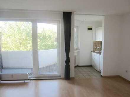 Gut geschnittenes Einzimmerapartment mit Balkon in beliebter verkehrsgünstiger Lage von D- Unterbilk