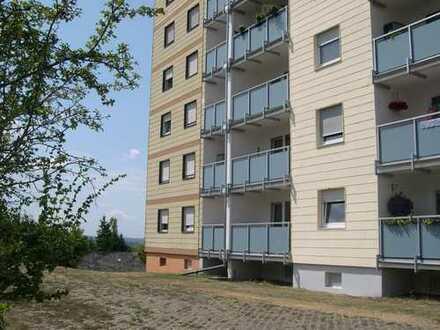 Schöne 62 qm große Eigentumswohnung mit PKW-Stellplatz in Idar-Oberstein Stadtteil Göttschied
