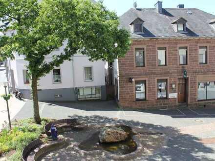 3,2,1 - meins ! Helle und geräumige 4-Zimmer-Wohnung im Stadtkern von Hermeskeil