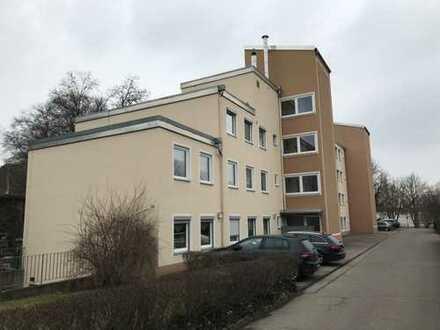 Großzügige 3 Zimmerwohnung mit Loggia/Balkon, Zentrumsnah, provisionsfrei