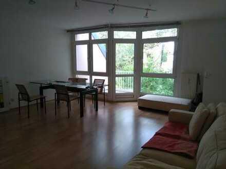 Exklusive, geräumige 1-Zimmer-Wohnung mit Balkon und Einbauküche, Maxvorstadt