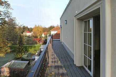 Dachgeschosswohnung mit umlaufender Terrasse in Neubau-Villa mit Wasserzugang zu vermieten