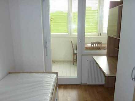 1 Zimmer mit Balkon, möbliert und zentral zu vermieten!!Studentinnen-WG