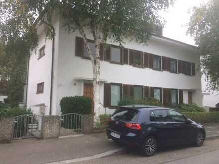 Hübsche 2,5-Zimmer Gartengeschoss-Wohnung in bester Lage
