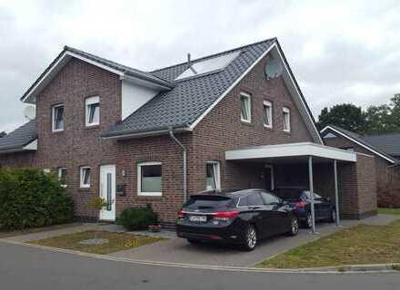 ***Neuwertiges Doppelhaus in einer bevorzugten Wohnlage***