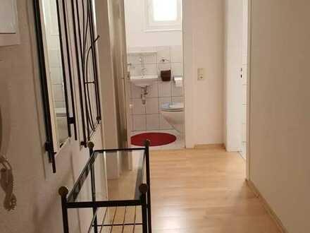 Vollständig renovierte Wohnung, 2 Zimmern sowie Balkon und Einbauküche in Baden-Baden