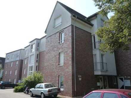 gepflegte Wohnung, niedrige Nebenkosten, mit PKW-Platz