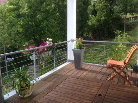 Attraktive 3-Zimmer-Wohnung mit großem Balkon und EBK in Stuttgart-Süd (Halbhöhenlage)