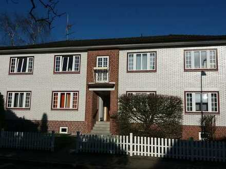 Stadtnahe, gemütliche 2- 3 Zimmer Wohnung mit Balkon