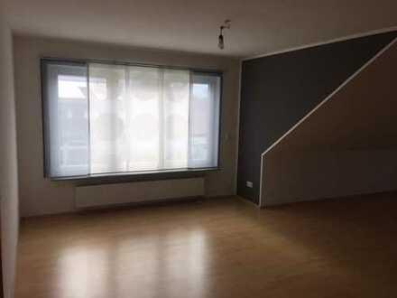 Gepflegte 2,5-Zimmer-DG-Wohnung mit Einbauküche in Bietigheim-Bissingen