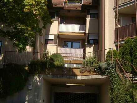 3 Zimmer-DG-Wohnung in Top Zustand inkl. 2 TG Stellplätze (Wfl. ca. 72m² Bodenfläche ca. 85m²)