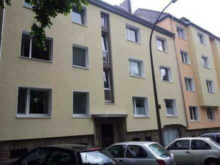 2 Zimmer-Wohnung mit großer Küche und Balkon in der südl. City