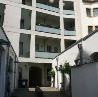 Schöne 5-Zimmer-Dachgeschoß-Maisonette-Wohnung auf der Rähnitzgasse