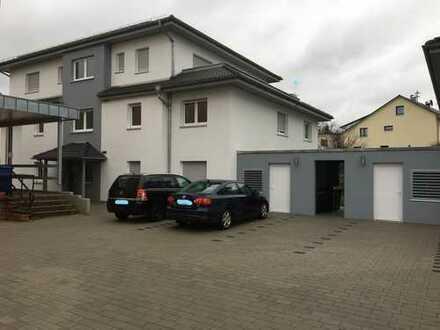 Schicke Penthouse-Wohnung in Aglasterhausen mit Südbalkon