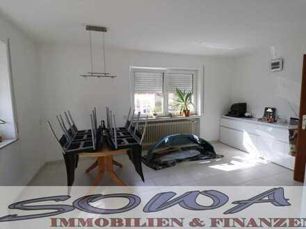 Neuzugang ! 4 Zimmer Erdgeschosswohnung mit Garten und Garage für Hobbybastler und Handwerker in ...
