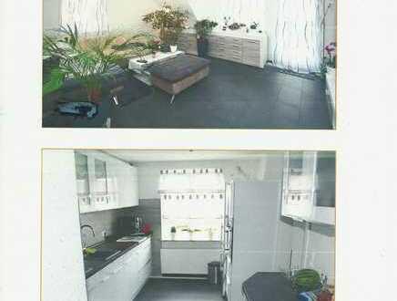 Gepflegte 3,5-Raum-Wohnung mit Balkon und Einbauküche in Dettenhausen