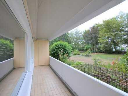 Stilvolle, vollständig renovierte 4-Zimmer-Wohnung (100m²) mit Balkon und EBK im Zentrum von Hürth