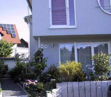 Schönes, geräumiges Haus mit drei Zimmern in Konstanz (Kreis), Steißlingen