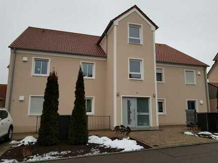 Neuwertige 3-Zimmer-Wohnung mit großem Balkon in Donauwörth-Riedlingen