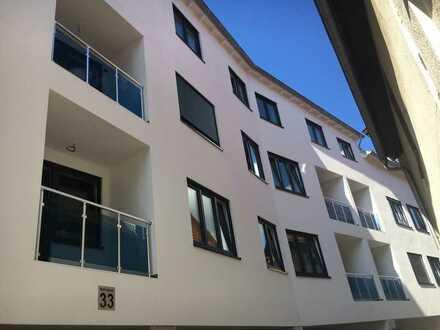 Neuwertige, barrierefreie 4 ZKKB Wohnung mit Aufzug zvm.