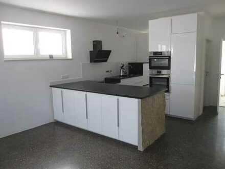 Schöne, geräumige vier Zimmer Wohnung in Donau-Ries (Kreis), Wemding