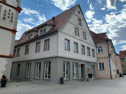 Moderne 2-Raum-DG-Wohnung mit Einbauküche in Munderkingen