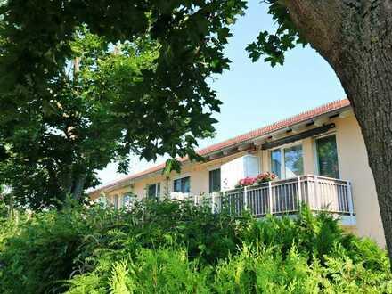 ~~ 2. OG ~~ Wunderschöne 2-Zimmer mit Balkon !!!