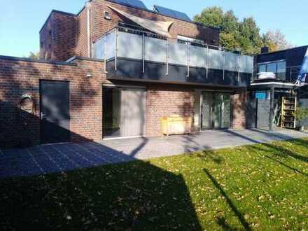Gronau- Neubaugebiet- Helle großzügige Erdgeschoss Wohnung mit Terrasse und Garten