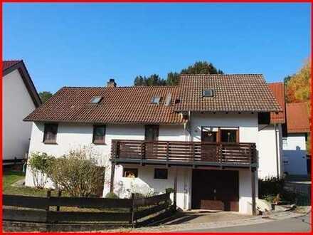 Liebenswert lebenswert! Einfamilienhaus m. Garage u. Carport in Elztal-Rittersbach