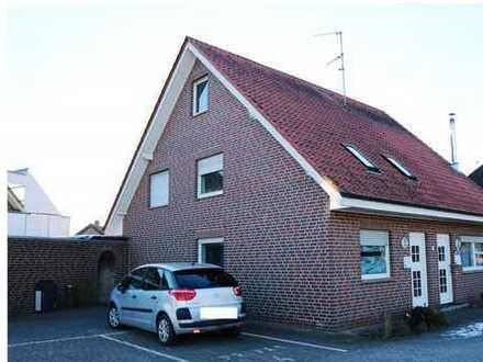 Gepflegtes Zweifamilienhaus mit Garage in Emsdetten