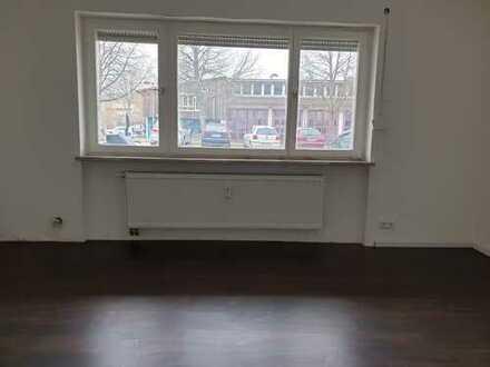 Sanierte 1,5-Zimmer-EG-Wohnung mit Einbauküche in Neckartenzlingen