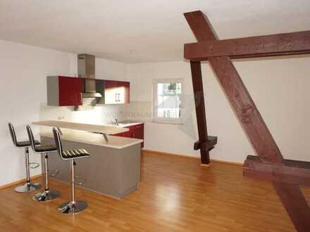 Sanierte 2-Raum-Wohnung mit Pkw-Carport und Einbauküche in Klaffenbach