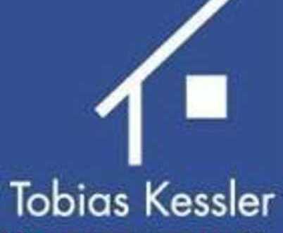 Schöne und geräumige 3 Zi. Wohnung in zentraler Lage !