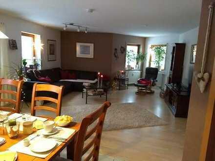 Gepflegte 3-Zimmer-Wohnung mit Terrasse und Einbauküche in Villingen-Schwenningen