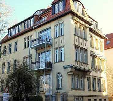Architektenwohnung über den Dächern des Waldstraßenviertels!