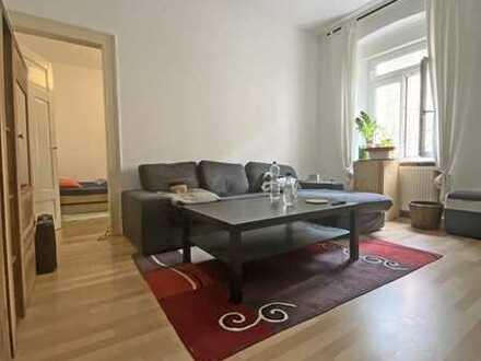 4986 - Altbauwohnung in ruhiger Hinterhauslage Nähe Durlacher Tor!