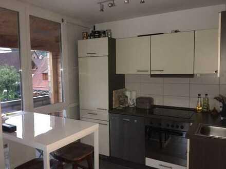 Charmante 3 Zi. Maisonette-Wohnung 72m² mit Loggia und Stellplatz!