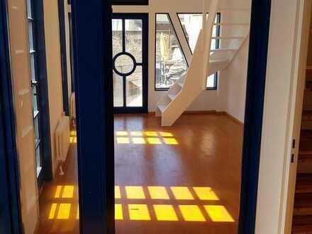 Maisonette Zimmer in 4er WG - Möbliertes Wohnen im Herzen von Karlsruhe