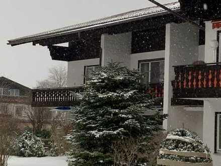 Rottach-Egern: helle, ruhige 1-Zimmer-Whg. im 1. OG mit Süd-West Balkon, fußläufig in 5 Min. zum See