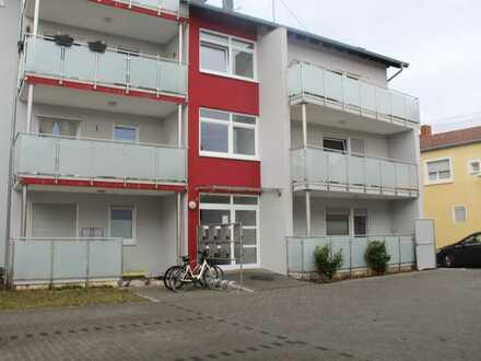 """""""Schöne"""" moderne 3-ZKB Wohnung mit zwei Balkonen und einem Autostellplatz"""