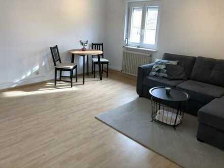 Neu Möblierte und toll renovierte 2 Zi. Wohnung in bevorzugter Wohnlage!