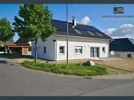 Modernes Einfamilienhaus mit Einliegerwohnung! Erdwärme, Solar