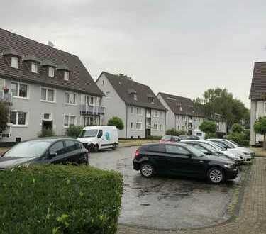 Schöne Dachgeschosswohnung mit Garage und Garten im Wendehammer gelegen zu verkaufen!!