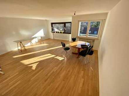 Wunderschöne, neu renovierte 3-Zimmerwohnung mit Balkon und Garten